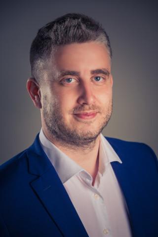 Volám sa Martin Jurkovič a som zakladateľom efektívnejšie.sk.