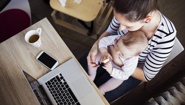 V čom podnikať v roku 2022 – V čom podnikať na materskej dovolenke