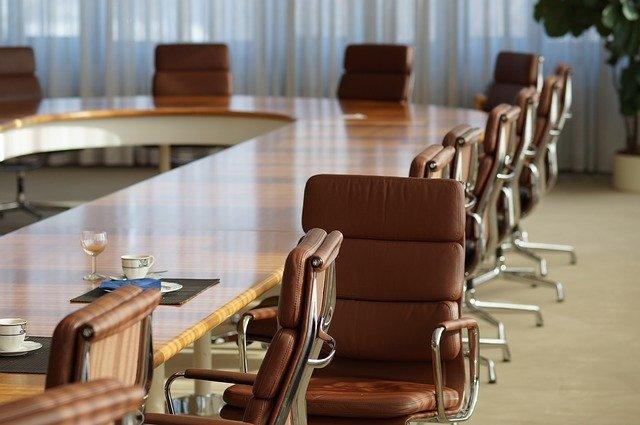 Valné zhromaždenie spoločnosti s.r.o. – ako funguje aaké náležitosti má pozvánka na valné zhromaždenie